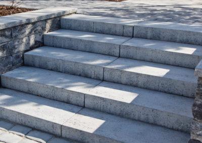 bloki-schodowe-trawertyn